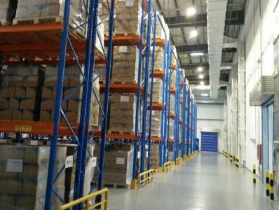 购买仓储货架应该注意的问题