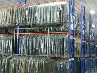 南京货架-哪些是服装货架的种类及使用范围